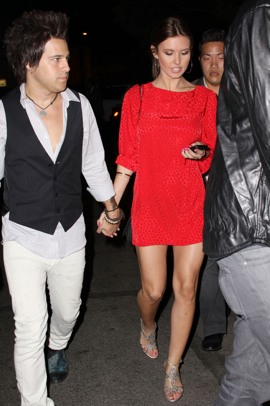 Audrina Patridge and Ryan Cabrera try to make a discreet arrival at the