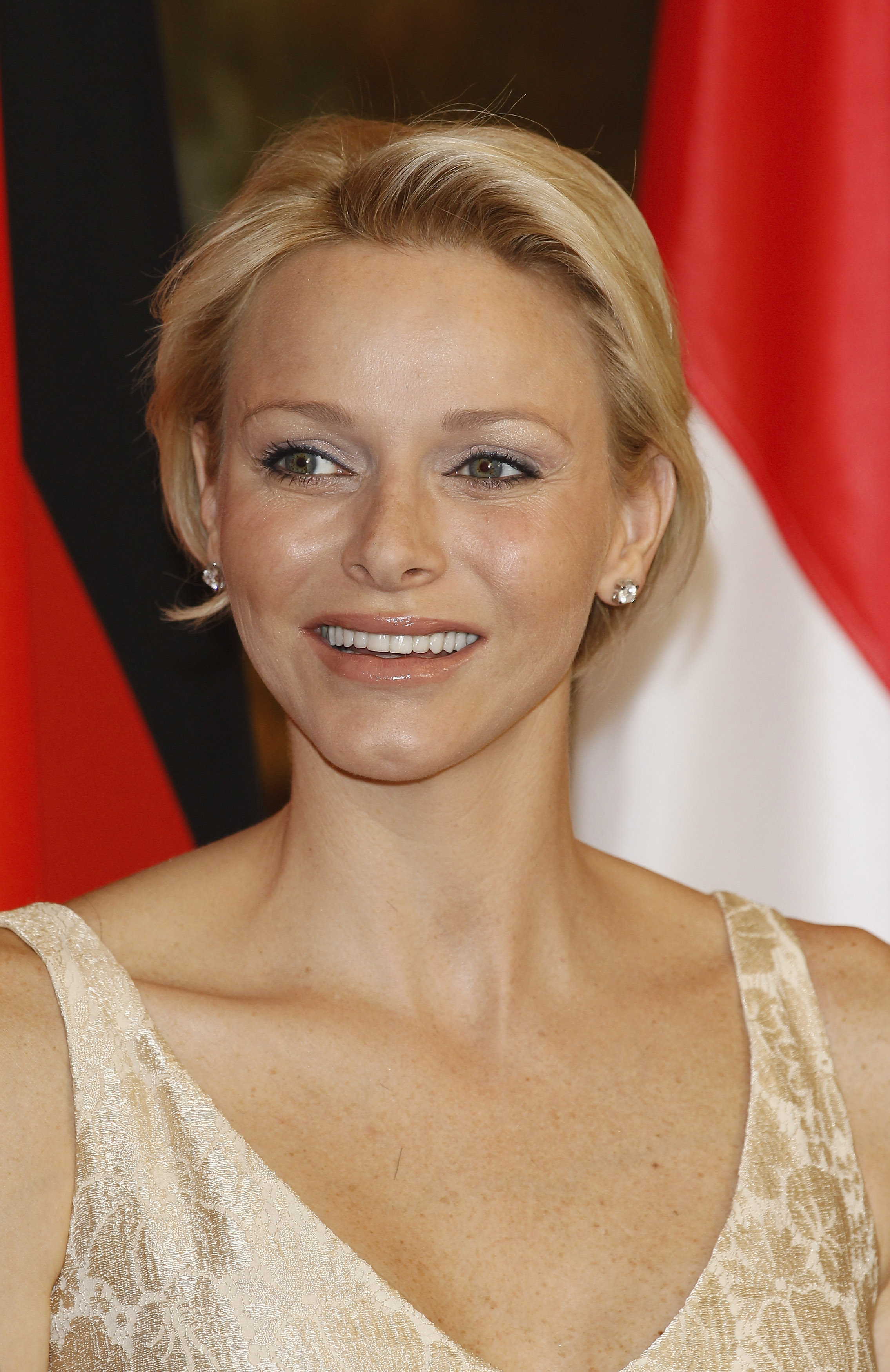 Neutrally Played Princess Charlene Go Fug Yourself