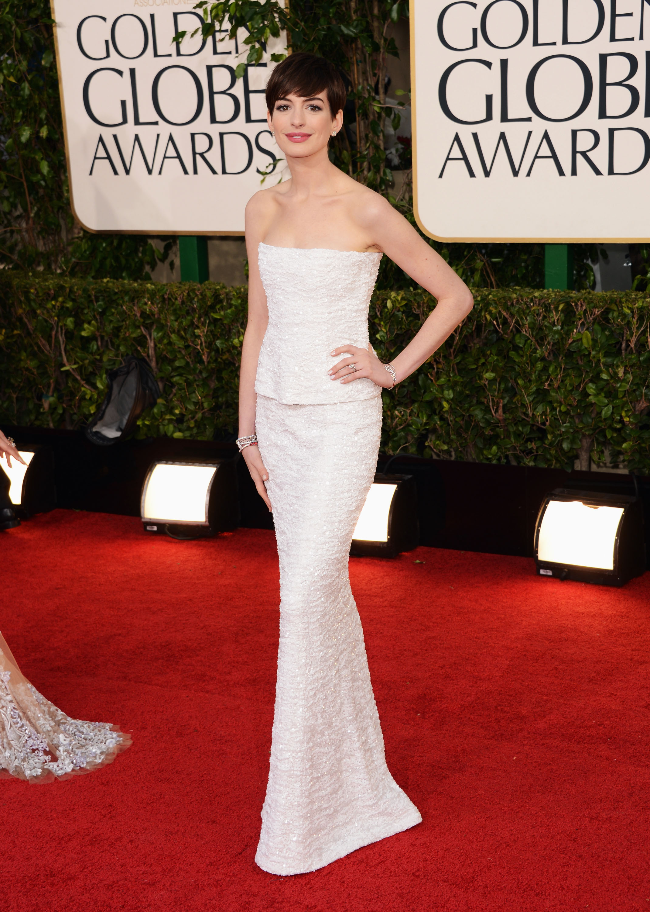 Golden Globes Well Played, Anne Hathaway