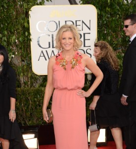 Golden Globes Fug Carpet: Anna Gunn
