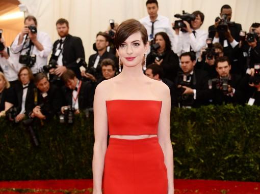 Met Ball So Fugging Close: Anne Hathaway in Calvin Klein
