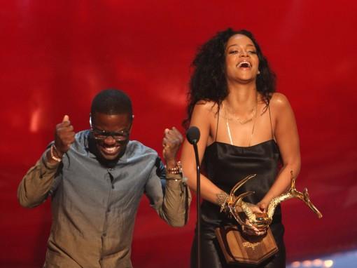 Guys' Choice Awards Pointedly Not Nakedly Played: Rihanna