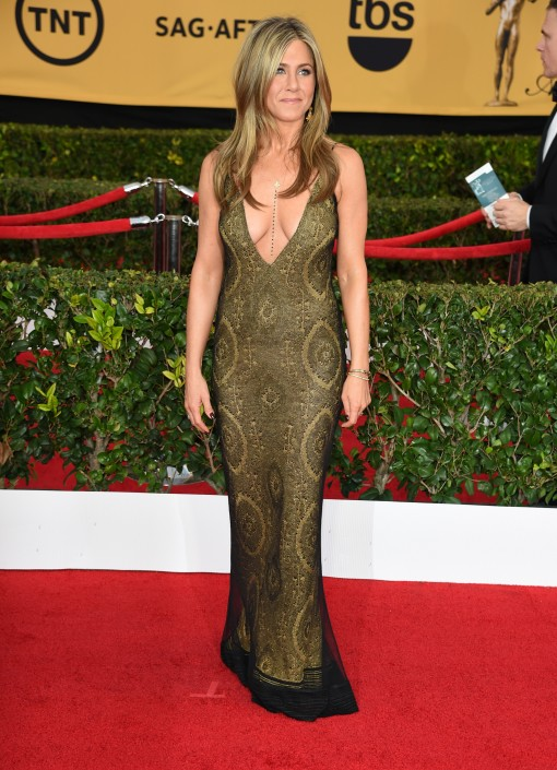 SAG Awards Cleav Carpet: Jennifer Aniston in John Galliano