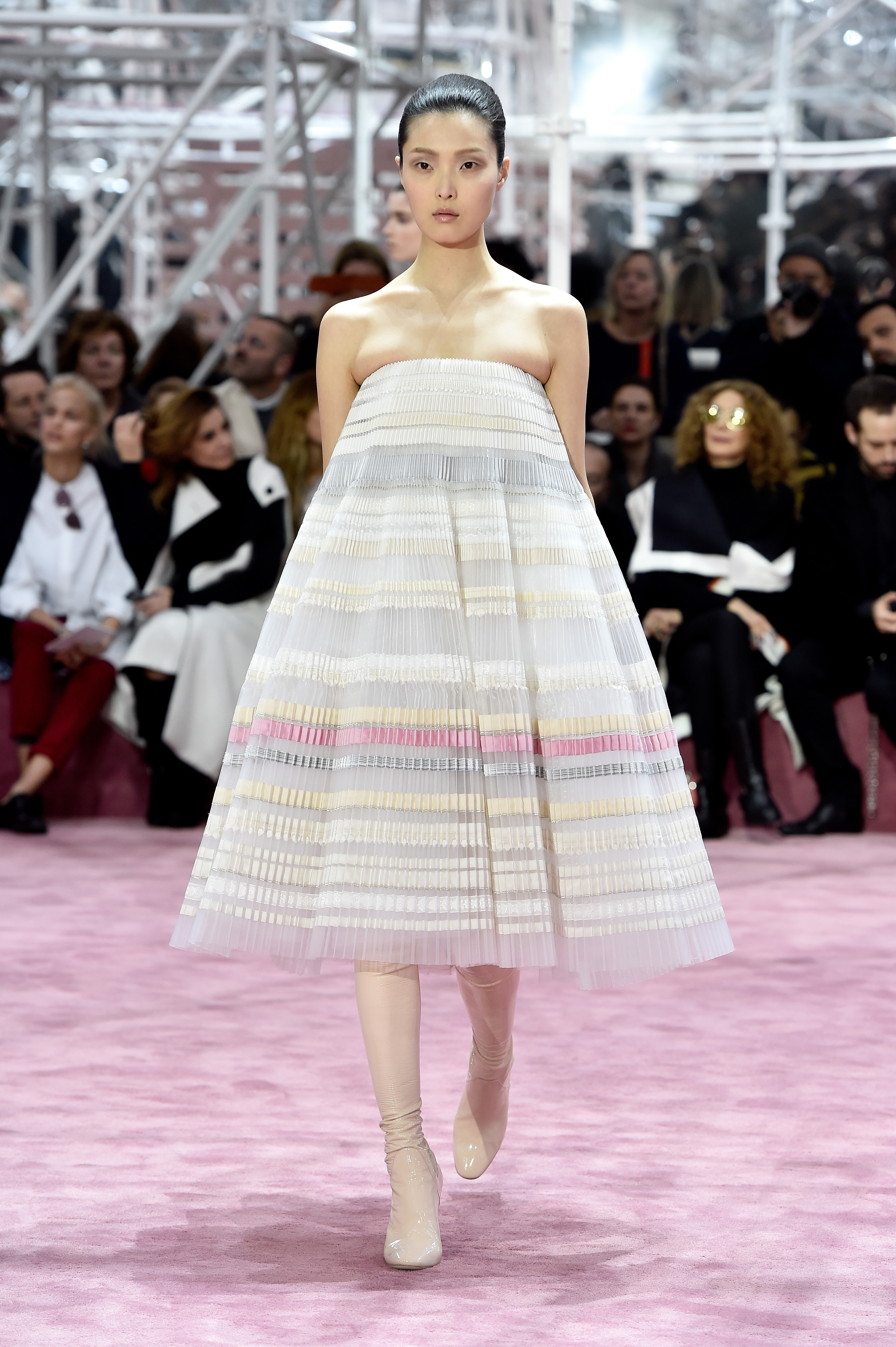 High fugshion christian dior spring summer 2015 haute for Haute couture 2015