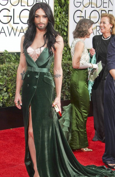 Golden Globes Fug Carpet: Conchita Wurst