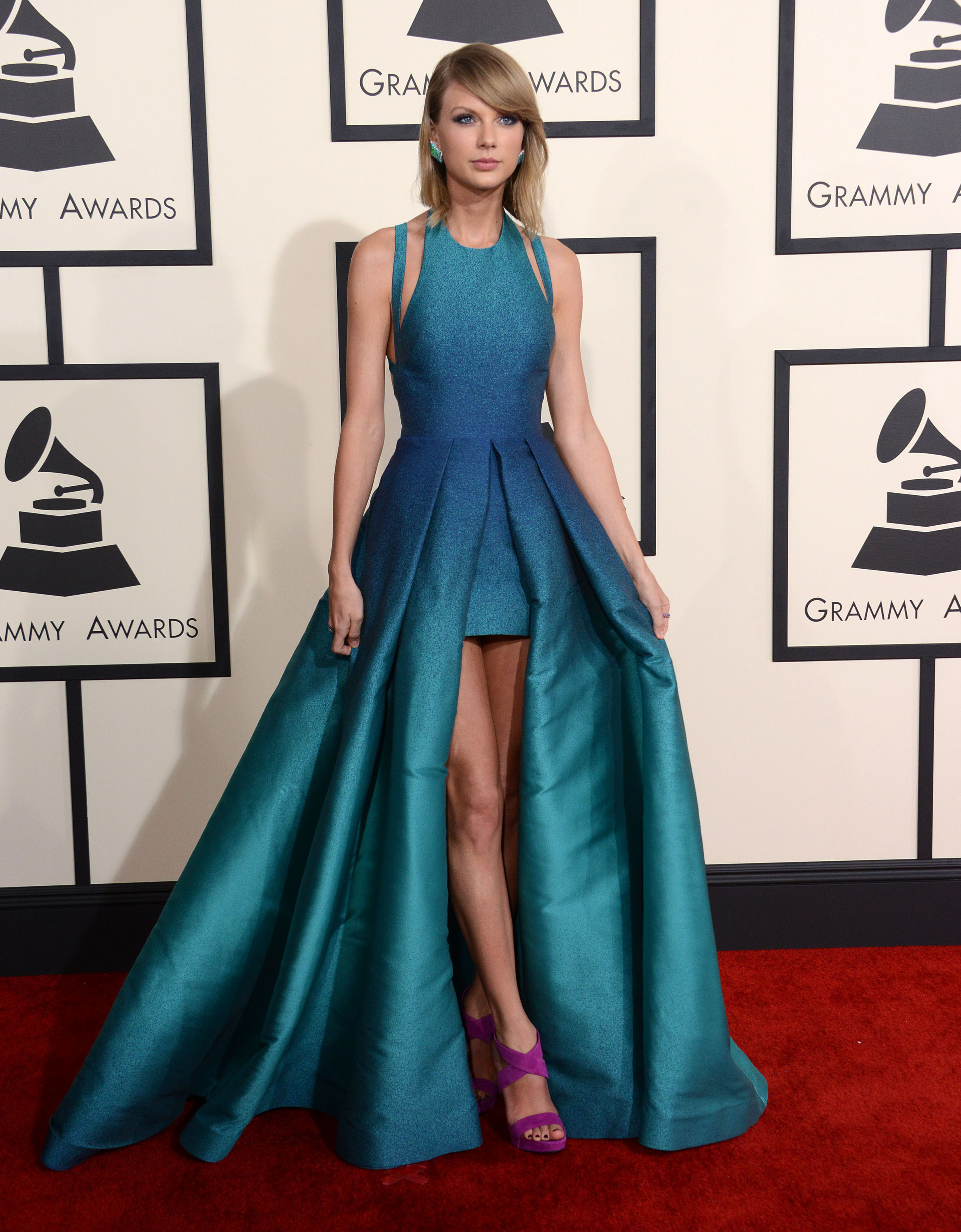 Grammys Well Played: Taylor Swift in Elie Saab