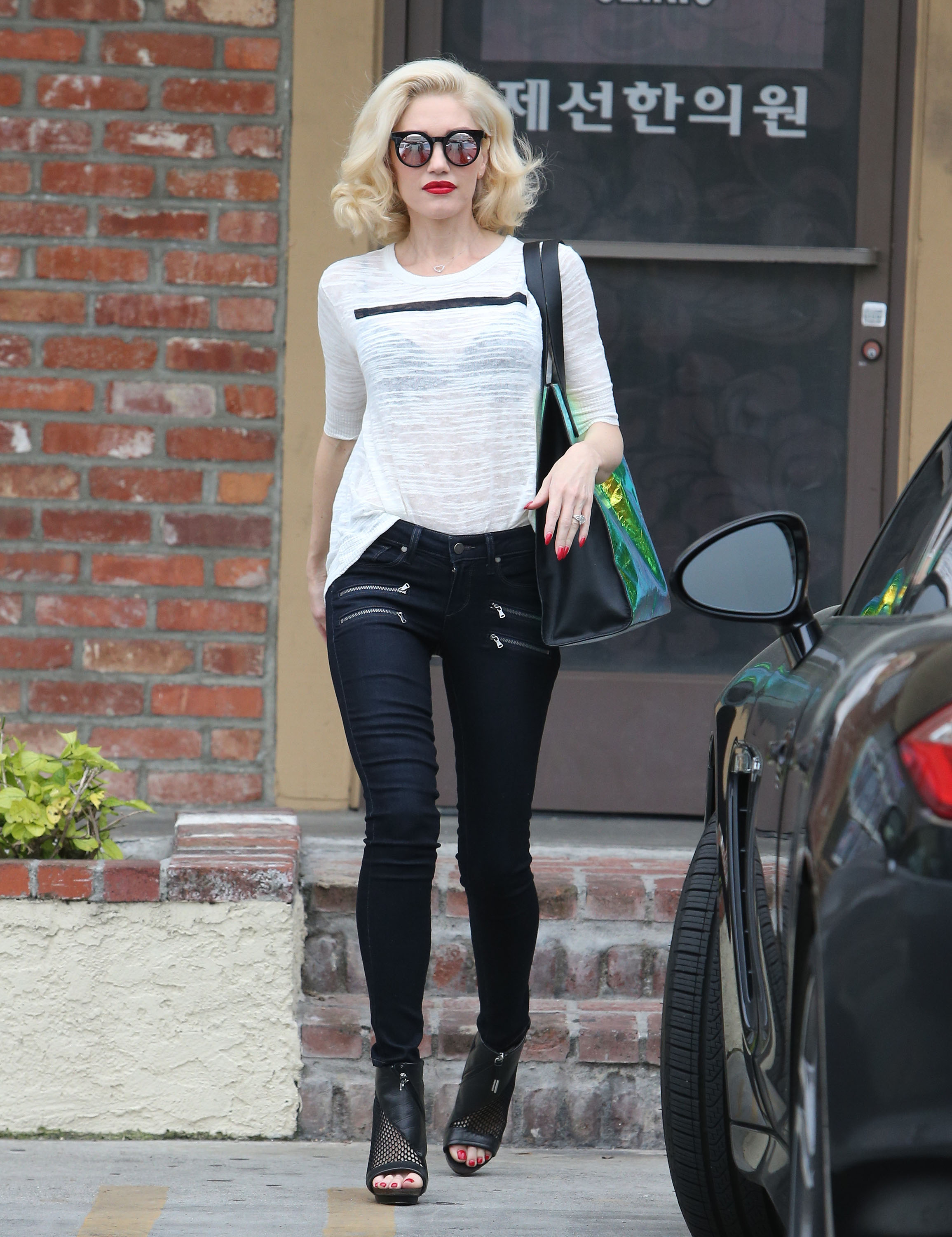 Fugs and Fabs: Gwen Stefani