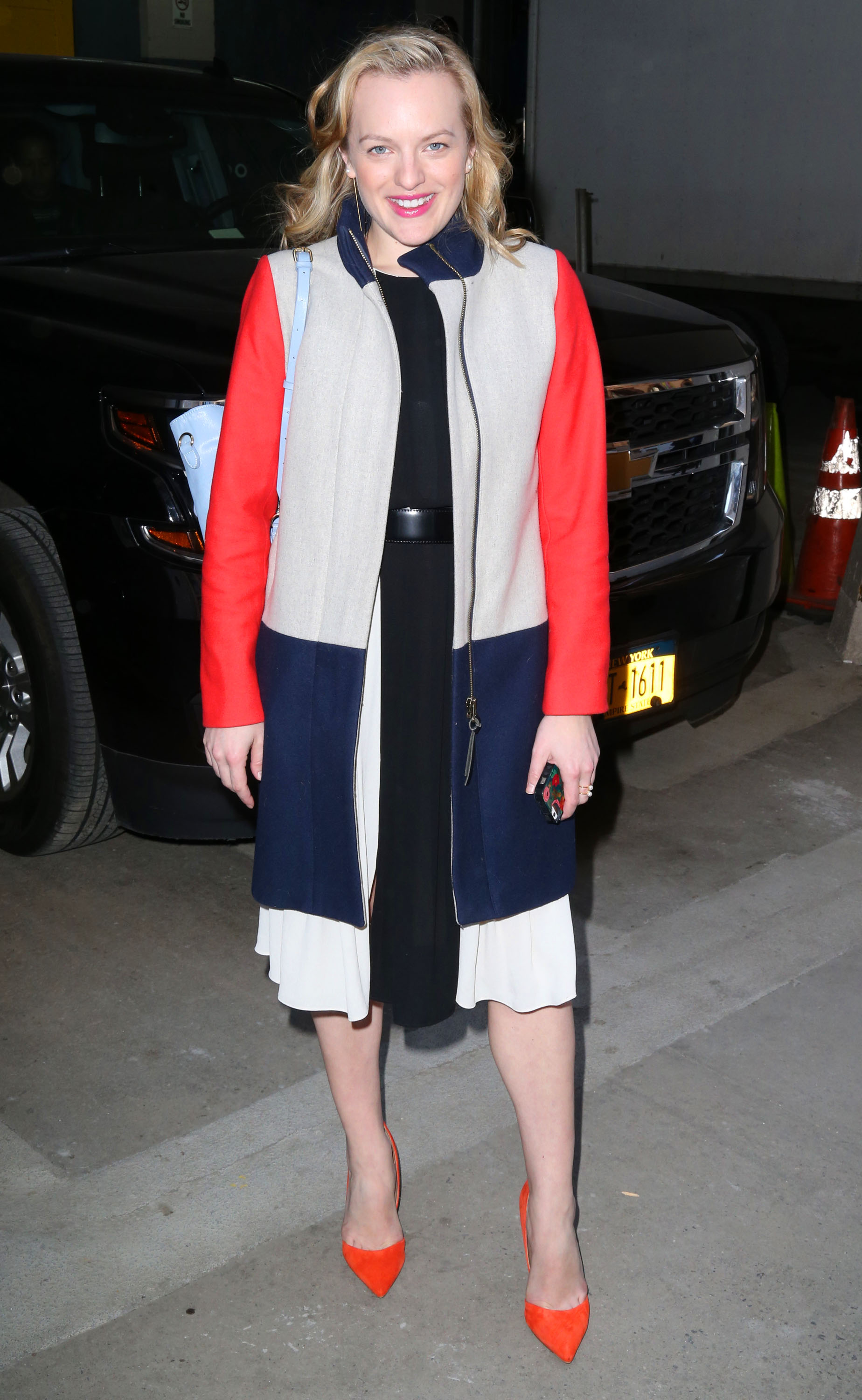 Elisabeth Moss Is All Smiles In The Big Apple
