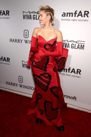 Miley Cyrus amfar inspiration gala