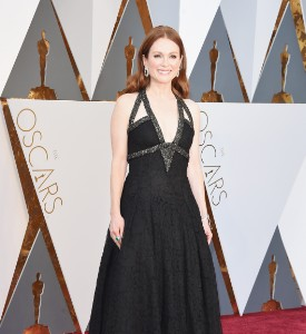 Oscars Mostly Well Played, Julianne Moore in Chanel