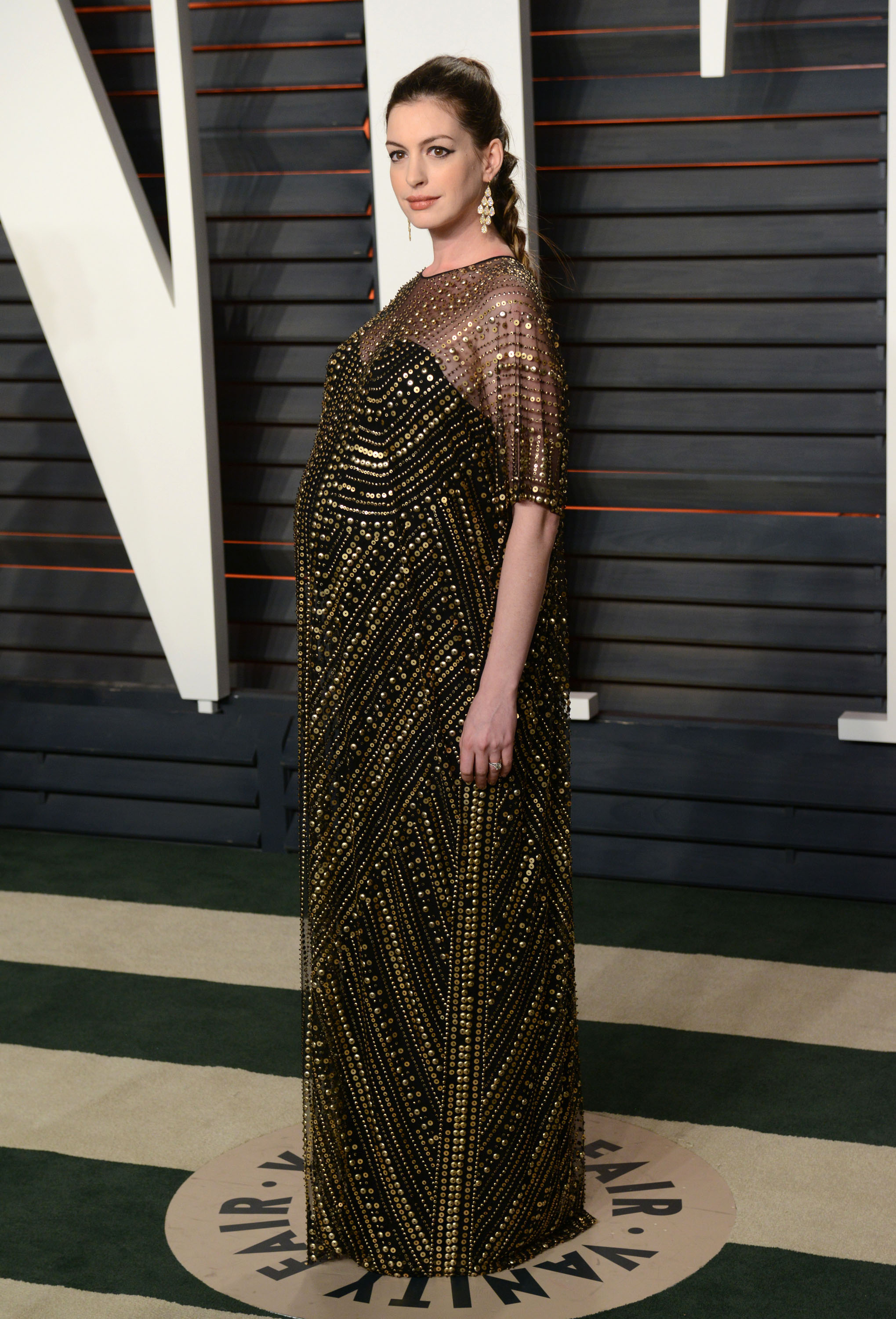 Oscars Well Played: Anne Hathaway in Naeem Khan
