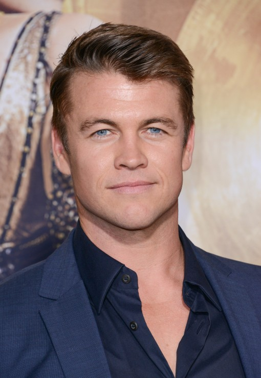 Fugs and Fabs: The Rest of The Huntsman Premiere Luke Hemsworth – Go Fug Yourself