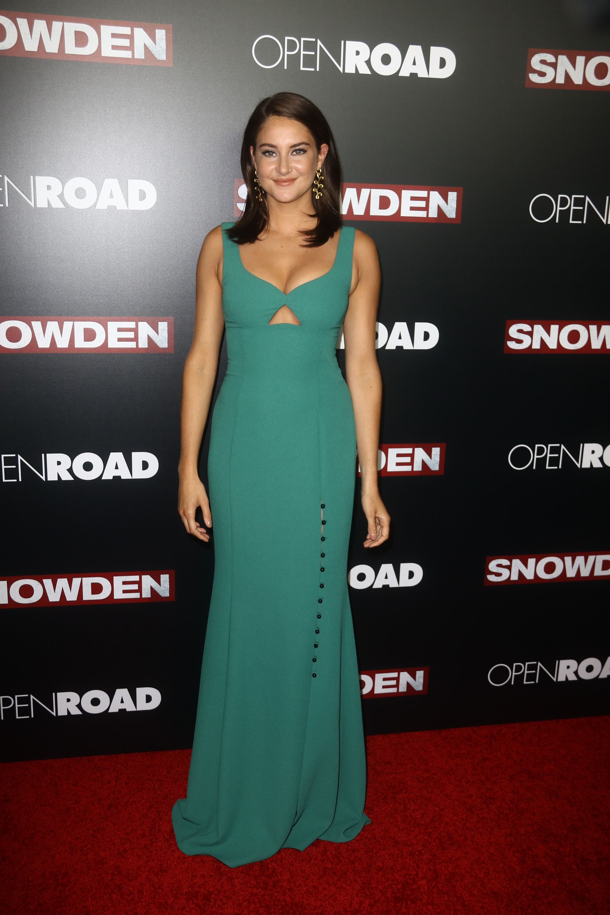 Well Played: Shailene Woodley in Prabal Gurung