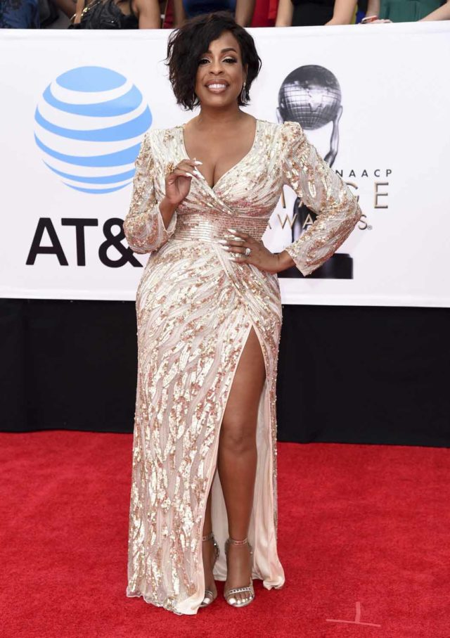Niecy Nash Is A Goddess Go Fug Yourself
