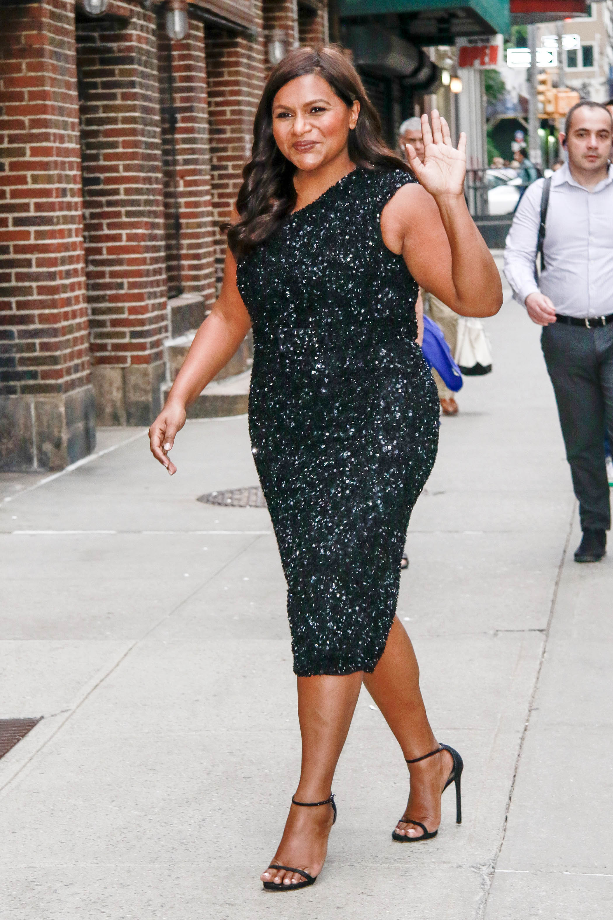 Mindy Kaling Continues Promoting Late Night Cutely Go Fug Yourself