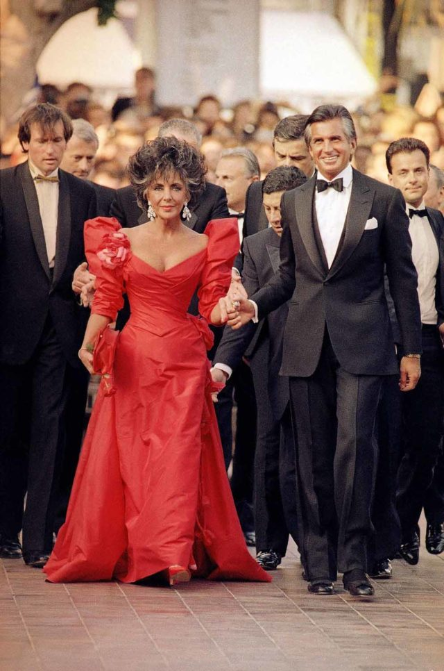 Elizabeth Taylor and George Hamilton, Cannes, France